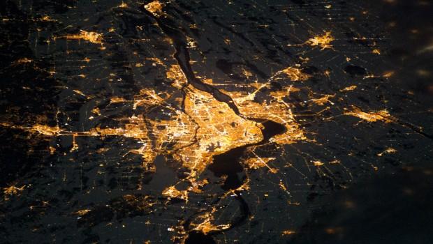 Montreal at Night: la capitale culturelle vue depuis l'espace