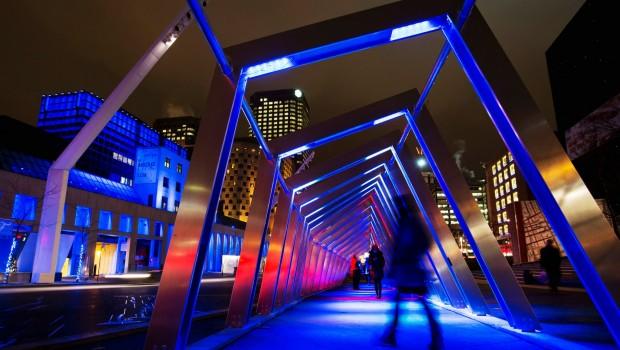 Luminothérapie au Quartier des Spectacles de Montréal