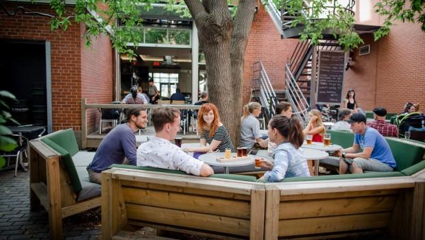 9 terrasses de Montréal à ne pas manquer en 2016