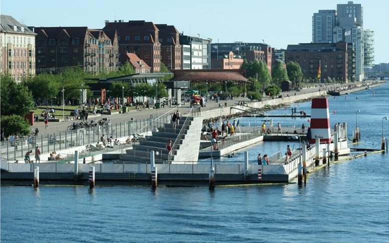 Une piscine flottante sur le fleuve St-Laurent pour 2017