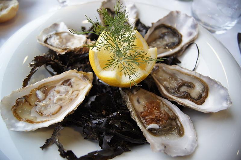 7 endroits où manger des huîtres à 1 dollar à Montréal!
